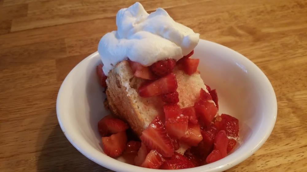 AF Cake Strawberries