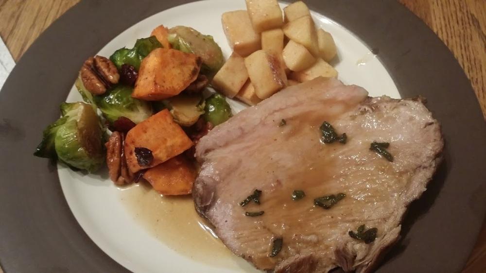 cider-pork-serving
